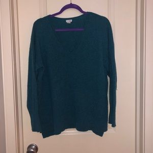 Vneck cashmere sweater